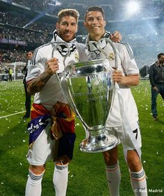 """Ramos: """"I do not want to offend anyone, or to cheat someone, but Ronaldo is the best player in the history of Real"""" Cristiano Ronaldo Cr7, Cr7 Vs Messi, Cristino Ronaldo, Cristiano Ronaldo Wallpapers, Ronaldo Juventus, Soccer Guys, Soccer Players, Uefa Champions Legue, David Beckham Haircut"""