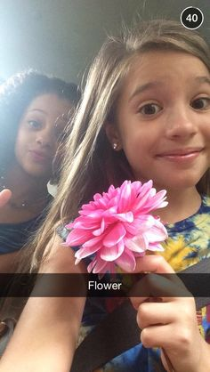love this pic Allison Maddie And Mackenzie, Mackenzie Ziegler, Dance Moms Snapchat, Mack Z, Dance Moms Girls, Show Dance, Dance Company, Reality Tv Shows, Love Pictures