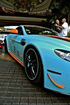 Aston Martin Vantage V12 Gulf livery