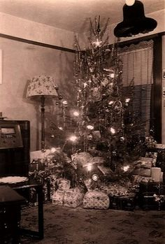1930s Christmas Tree