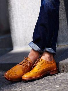 Wingtip #brogue oxfords from Florsheim by Duckie Brown with premium denim jeans.