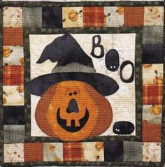 The Wooden Bear Quilt Designs: October Scare 878870000815 - Quilt in a Day / Quilt Patterns Halloween Quilts, Halloween Quilt Patterns, Halloween Sewing, Fall Sewing, Halloween Crafts, Halloween Ideas, Happy Halloween, Quilt Square Patterns, Square Quilt