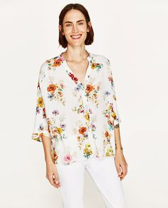 Image 2 of OVERSIZED FLORAL PRINT BLOUSE from Zara