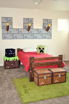 Bedroom set:Light-Up Thorches Heads:Enderman,Creeper Two Chests Bed like in Minecraft A wall