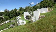 Maison semi-enterrée éco-conçue sur le flanc d'une colline en Italie, Une-semi-ipogea-house-par-Dario-Scanavacca #construiretendance