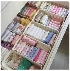 Baby Drawer Organization, Baby Storage, Baby Nursery Organization, Nursery Storage, Bedroom Storage, Organization Ideas, Clothing Organization, Storage Ideas For Nursery, Baby Clothes Storage