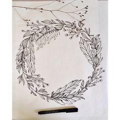 Maybe around arm Wreath Tattoo, Illustration Blume, Wreath Drawing, Pen Art, Floral Illustrations, Art Techniques, Doodle Art, Zentangle, Design Elements