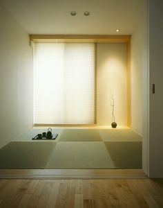 simplicity gives you focus. An empty room. Modern Japanese Interior, Japanese Furniture, Japanese Interior Design, Japanese Home Decor, Japanese House, Modern Interior, Home Interior Design, Interior Decorating, Japanese Modern