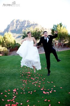 kaitlan + cory   seven canyons resort   rev. andrew murphy officiant   laura marolakos sedona planner   events by showstoppers floral   audra little photograhy   www.heartofsedonaweddings.com