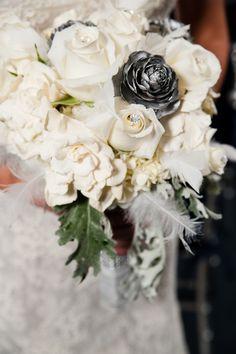 Glamorous_Navy_Silver_and_White_Winter_Wedding_Inspiration_CarmenSalazarPhotography_occasionsonline_022 - The Celebration Society
