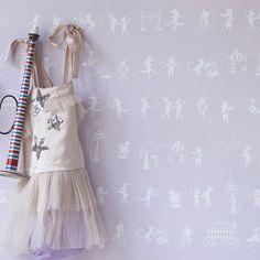 Hibou Home Wallpaper: Animal Parade in Chalk Pink & White : Just Kids Wallpaper Kids Bedroom Wallpaper, Wallpaper Decor, Wallpaper Online, Home Wallpaper, Kindergarten Wallpaper, Nyc, Perfect Wallpaper, Modern Kids, Little Girl Rooms