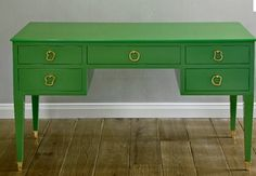 Simply Stoked: Kelly green furniture
