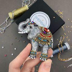Beaded Brooch, Bangles, Bracelets, Beaded Embroidery, Beads, Lantern, Jewelry, Long Sleeve, Dress