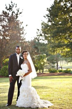 A Multicultural Black Tie Wedding in Massachusetts - Munaluchi Bridal Magazine #brideandgroom #wedding