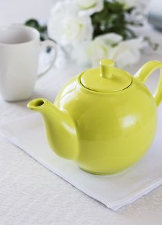 Infusions teapot by Maxwell & Williams is the perfect companion for the tea break. The superb coating and unique color make this teapot a visually interesting item. Color Splash, Color Pop, Colour, Unique Colors, Drinking Tea, Tea Set, Tea Time, Tableware, Sassy Pants