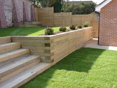 The use Railway Sleepers can make a huge difference to your landscaping project…. The use Railway Sleepers can make a huge difference to your landscaping project. Use them to create borders, walls, garden steps and Relevantly cheap to buy Sleeper Steps, Sleeper Wall, Railway Sleepers Garden, Oak Sleepers, Sleeper Retaining Wall, Wood Retaining Wall, Garden Retaining Walls, Landscape Design, Garden Design