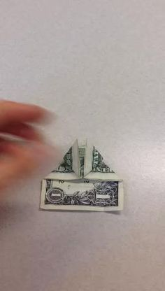 How to Fold a Dollar/any Bill Into a Heart Origami Star Paper, Money Origami, Origami Ball, Money Lei, Origami Boxes, Diy Paper, Dollar Heart Origami, Easy Dollar Bill Origami, Origami Instructions