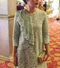 Ragam Pengantin Indonesia di Instagram Mint kebaya creation from @anjiasmara 💕 Informasi, Tips dan Foto aneka baju kebaya modern terbaru yang lagi trends