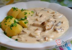 Smetanová houbovka s bramborem Mushroom Recipes, Cheeseburger Chowder, Food To Make, Stuffed Mushrooms, Food And Drink, Low Carb, Soup, Chorizo, Cooking