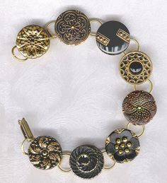 Venus Envy Art: Etsy Favourites of the Week: Vintage Button Jewelry