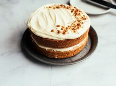 white almond sour cream wedding cake - not too fluffy so it breaks from the weight, but also not overly dense Cream Wedding Cakes, White Almonds, Sour Cream Cake, Almond Cakes, Let Them Eat Cake, So Little Time, Just In Case, Cake Recipes, Frosting Recipes