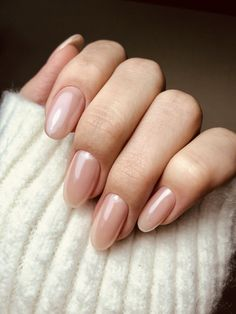 @KAMI ® Natural Manicure, Light Pink Nails, Dying My Hair, Beautiful Nail Polish, Cosmetic Tattoo, Nude Nails, My Nails, Nail Polish Designs, Nail Designs