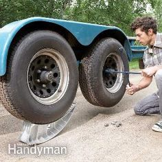 Change a trailer tire using these special lightweight jacks: