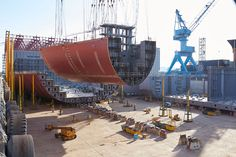 World Largest Shipbuilding time lapse