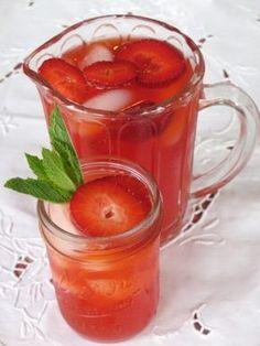 Homemade Strawberry Lemonade. Looks perfect for Summer.
