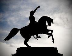 25 de febrero , Aniversario del Nacimiento del Gral Don Jose de San Martin.