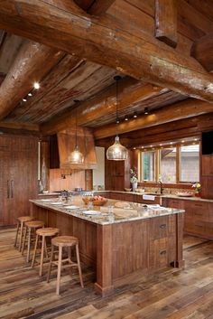 Huge Rustic Kitchen at the Cabin #cabinlife #rustic #kitchen #cabin #cabindecor
