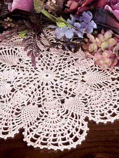 crocheted pineapple fans doily-free pattern download
