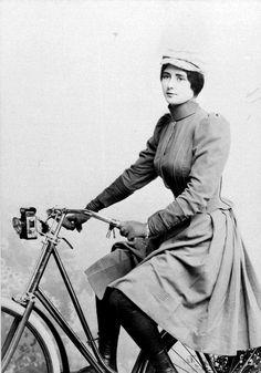 Cleo de merode riding bicycle. 1890s.