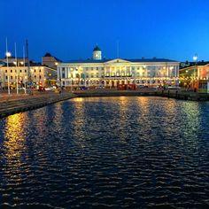 Aamussa kimalteleva Helsinki @myhelsinki #valokuvaus #Suomi100 - Lauri Pelkonen (@pelkonenlauri) | Twitter