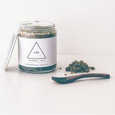 Handmade All Natural Vegan Seaweed & Salt Body Scrub