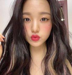 Cute Korean, Korean Girl, Asian Girl, Kpop Girl Groups, Kpop Girls, Selfies, Japanese Girl Group, Just Girl Things, The Wiz
