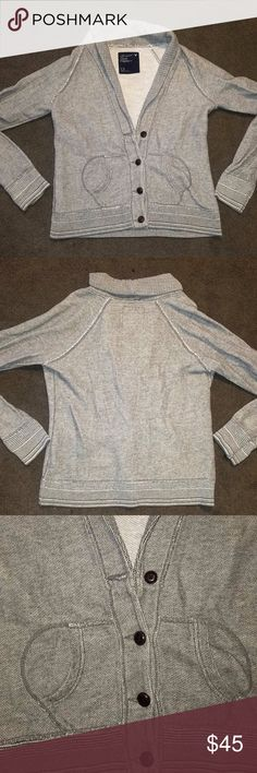 American Eagle button cardigan sweater NWOT American Eagle button cardigan light grey sweater NWOT  Size L fits M  MAKE AN OFFER   I HAVE LOTS OF LISTINGS, WILL BUNDLE! American Eagle Outfitters Sweaters Cardigans