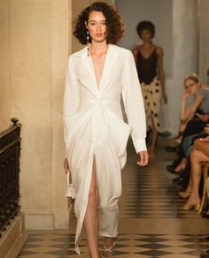 Jacquemus s/s '18 collection. PFW  #fashion #style #paris #hautecouture