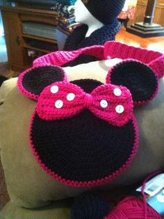 Minnie mouse purse!