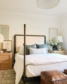 """Light and Dwell on Instagram: """"We'd like to stay in bed all day if we could. Anyone else? From our #springdriveproject #studiomcgeepreset"""" Site Design, All Design, Master Bedroom Bathroom, Fresh Farmhouse, Stay In Bed, Guest Room, Home Improvement, Rest, Indoor"""
