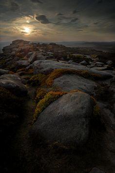 Dark Landscape #photos, #bestofpinterest, #greatshots, https://facebook.com/apps/application.php?id=106186096099420