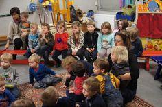 VERPLEEGSTERS OP SCHOOL - Dank je wel mama's! ~ gimme