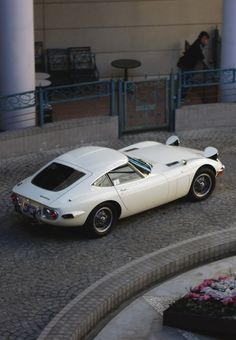 Toyota 2000GT, beautiful lines