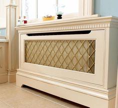 cache radiateur en bois blanc, décoré d'un treillis métallique - modèle Balmoral