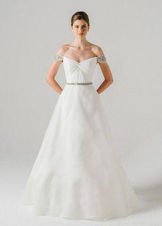 Brides: Anne Barge Wedding Dress Designer Interview: 10 Minutes With