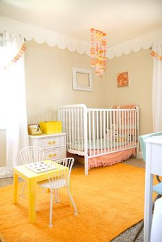 cheerful nursery...love the scallops!!!
