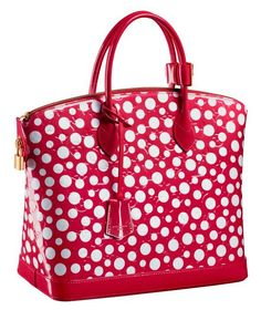 Yayoi Kusama for Louis Vuitton Handbags. I loved Kusama's art at the recent Tate Modern exhibition... but is there something a bit Minnie Mouse about this bag?? I like it anyway, it's good to occasionally channel Minnie ;-)