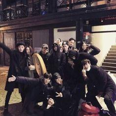 》NamJoon,HoSeok y YoonGi son mejores amigos. 》SeokJin y JungKook son… # Fanfic # amreading # books # wattpad Mode Ulzzang, Korean Boys Ulzzang, Ulzzang Couple, Ulzzang Girl, Korean Best Friends, Boy And Girl Best Friends, Cute Friends, Boy And Girl Friendship, Bff