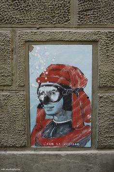 """Blub, """"L'arte sa nuotare"""". Rivisitazione del ritratto di Lorenzo de' Medici del Bronzino, Firenze (Toscana, Italy) - by Silvana, marzo 2014"""