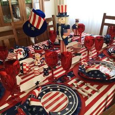 4th of July 2016 table, patriotic, flags, red, white and blue